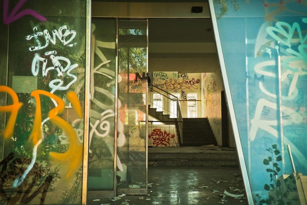 3m anti graffiti film
